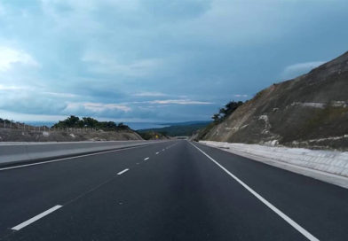 Ocho Rios to Kingston Jamaica Drive on North-South Highway